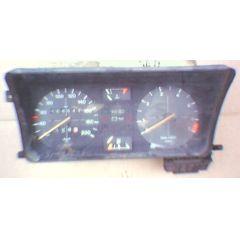 Armaturen Einsatz VW Passat 32 .2 Display weiß 200 km/h / Tacho / Tank Anzeige / Temperatur Anzeige / Tageszäh