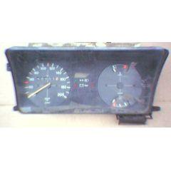Armaturen Einsatz VW Passat 32 .2 Display weiß 200 km/h / Tacho / Tank Anzeige / Temperatur Anzeige - 9.78 - 8