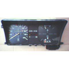 Armaturen Einsatz VW Polo 86 C .1 Display weiß 200 km/h / Tacho / Tank Anzeige / Temperatur Anzeige + WL / Cho
