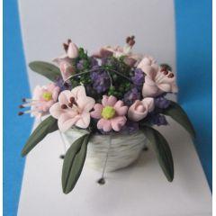 Bunte Frühlingsblumen im Topf Puppenstube Puppenhaus Dekoration Miniatur 1:12