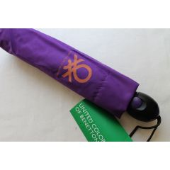 Benetton Automatik Regenschirm Schirm lila
