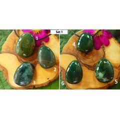 Chalcedon grün, gebohrter Trommelstein Tropfen-Anhänger