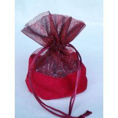 Geschenkbeutel in Rot aus Polyester mit Zugband, 14 x 9 cm