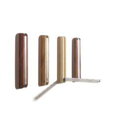 Wandhaken aus Holz und Aluminium
