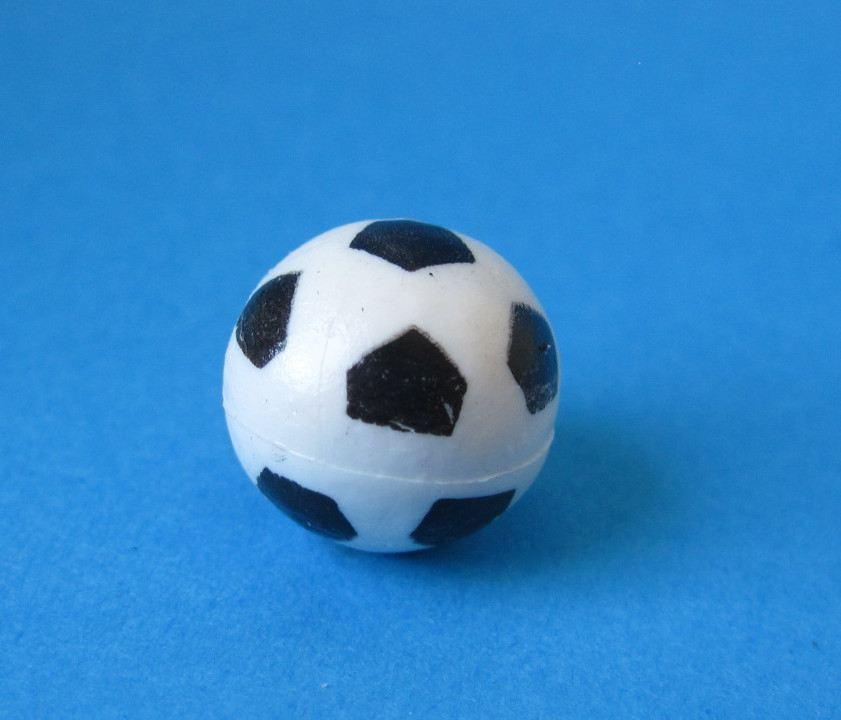 puppenhaus fussball sport f r sport und dekoration. Black Bedroom Furniture Sets. Home Design Ideas