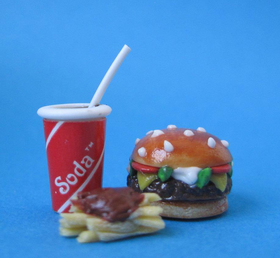 puppenhaus mini burger set dekoration miniaturen 1 12 von creal. Black Bedroom Furniture Sets. Home Design Ideas