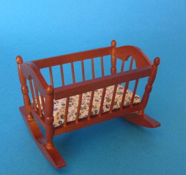 Puppenwiege braun puppenhausm bel kinderzimmer miniatur 1 for Kinderzimmer braun
