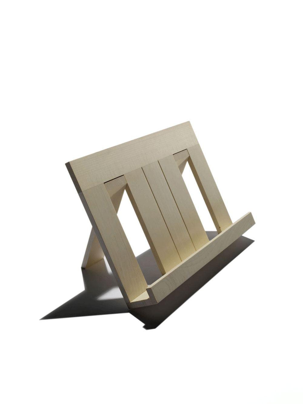 sidebyside design buchst nder aus holz ahorn. Black Bedroom Furniture Sets. Home Design Ideas