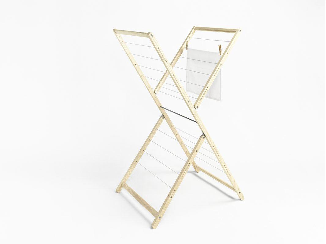 hoher w schest nder aus holz haushaltshelfer wohnen tischlerei kloepfer. Black Bedroom Furniture Sets. Home Design Ideas