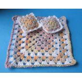 Decke und 2 Kissen 3-tlg. Set  Puppenhaus Miniaturen Handarbeit