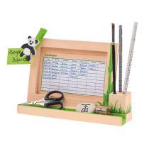 Schreibtisch-Stundenplan mit Stifteklotz