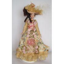Lady mit Hut im goldfarbenen Kleid Puppe Miniatur 1:12
