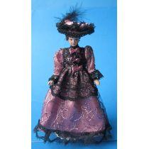 Dame Lady mit Hut im lila Kleid Puppe  Miniatur 1:12