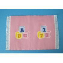 Teppich rosa 15,5 x 10 cm Puppenhaus Kinderzimmer Miniaturen 1:12
