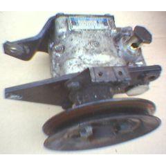 Hydraulic / Servo Öl Pumpe VW Passat / Santana 32B - VAG / VW / Audi 9.80 - 8.88 - Audi 80 / 90 / Coupe 81 / 8