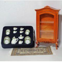 Vitrine, Kaffeeservice und Teppich 3 teiliges Set Puppenhaus Möbel für die Puppenstube 1:12