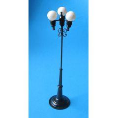 Strassenlaterne Dreifachkugel LED Puppenhaus Miniatur 1:12