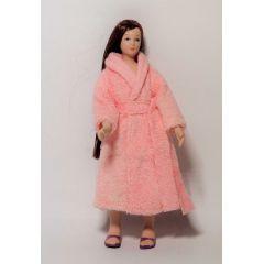 Frau im rosa Bademantel Puppe für Puppenhaus Miniatur 1:12