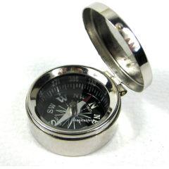Kleiner Taschen- Kompass mit Deckel aus Messing, verchromt