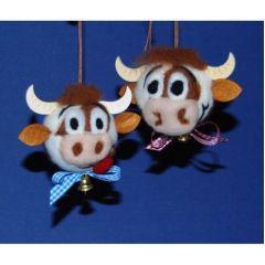 Fanny die Kuh. Set für 2 Köpfe zum Filzen