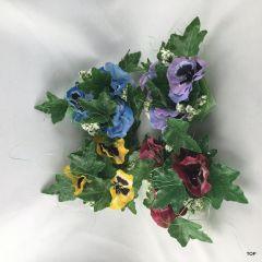 Kerzenring mit farbenfrohen Stiefmütterchen Tischdeko Kerzen Kranz vier verschiedene Farben