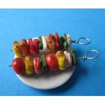 Mini Teller mit Schaschlik Fleischspieß Puppenhaus Miniatur 1:12