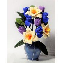 Vase mit Rosen und Lilien Puppenhaus Dekoration Zimmerpflanze Miniaturen 1:12