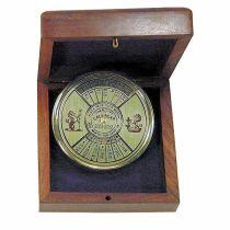 **Dauerkalender aus Messing, : 5,5 cm - in dekorativer Holzbox