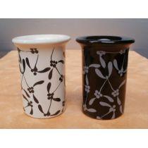 Duftlampe mit floralem Muster in Schwarz