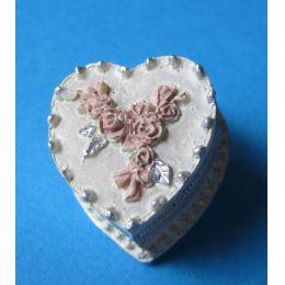 Mini Herz Torte Puppenhaus Dekoration Miniatur 1:12