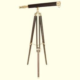 **Großes Teleskop aus Messing mit Lederummantelung und Holzstativ- 130 cm