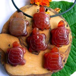 Anhänger Schildkröte seitlich gebohrt, Carneol gebr.