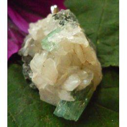 Apophyllit kristallin, Anhänger mit Silberöse