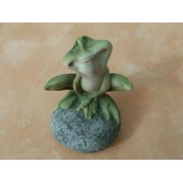 Deko-Frosch auf einem Stein, 9 cm
