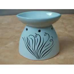 Duftlampe aus Keramik mit Dekor in Weiß