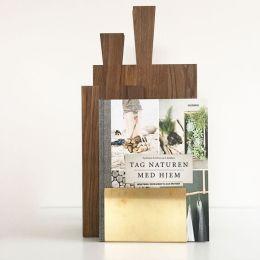 Ständer aus Messing zur Aufbewahrung von Brettern und Büchern