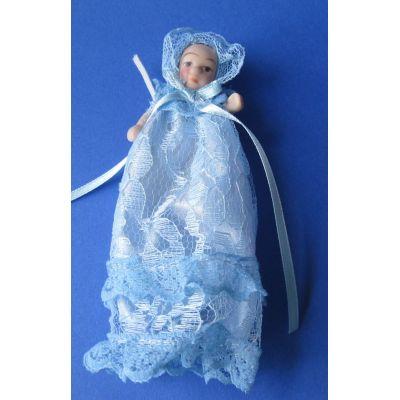 Baby in hellblauen Taufkleid Puppe für Puppenhaus Miniatur 1:12 | Sa-DP051 / EAN:5035189657139