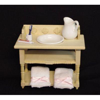 Badezimmer Waschtisch natur mit Handtücher Krug Schüssel Puppenhaus Möbel Miniatur 1:12   V22085 / EAN:5714854001582