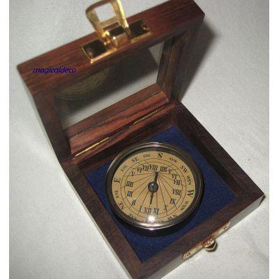 **Edler Sonnenuhr- Kompass- Antik-Messing in Holzbox   819304801