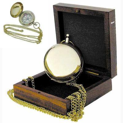 **Taschenkompass mit Kette und Holzbox- Messing im Taschenuhrformat | 819305696