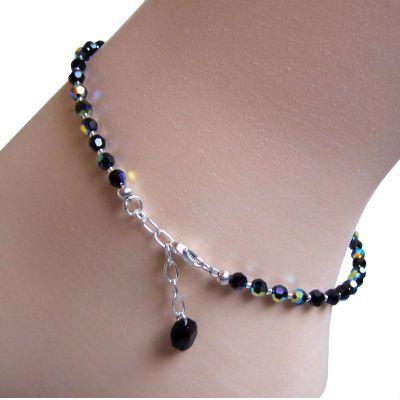 Schwarze Fußkette aus funkelnden Swarovski® Kristallperlen und 925 Silber | S-Fu-K04V-Jet / EAN:4250887400080