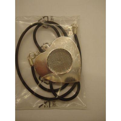 Herz Anhänger mit Siebeinlage versilbert incl. Schmuckband 35 x 38 mm | 9772804 / EAN:4016299866667