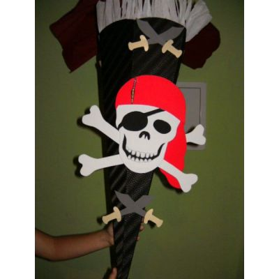 Jungen Schultuetenbastelset Totenkopf in Handarbeit hergestellt | Schultuete   3