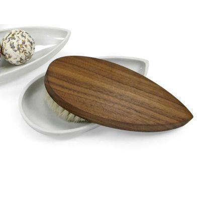 Schöne Massagebürsten aus Holz in Form eines Schiffchens | BU10BU12